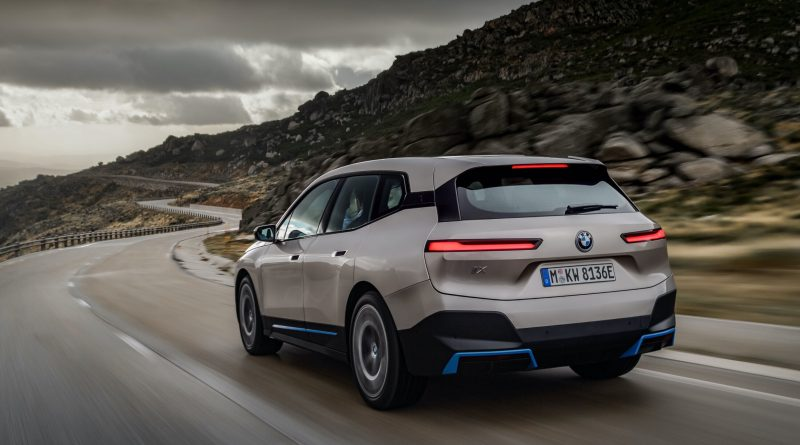 BMW to mass produce electric cars
